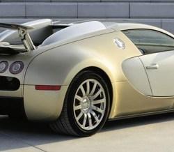 gold-bugatti-veyron-dubai-4