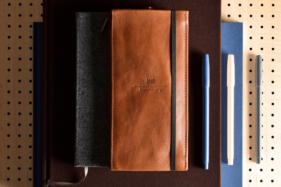 hard-graft-trip-case-notebook-italian-leather-wool-2