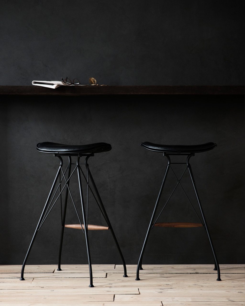 Overgaard Amp Dyrman Wire Bar Stool