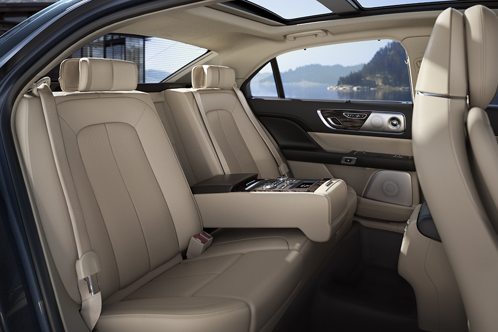 2017-lincoln-continental-luxury-meets-comfort-9