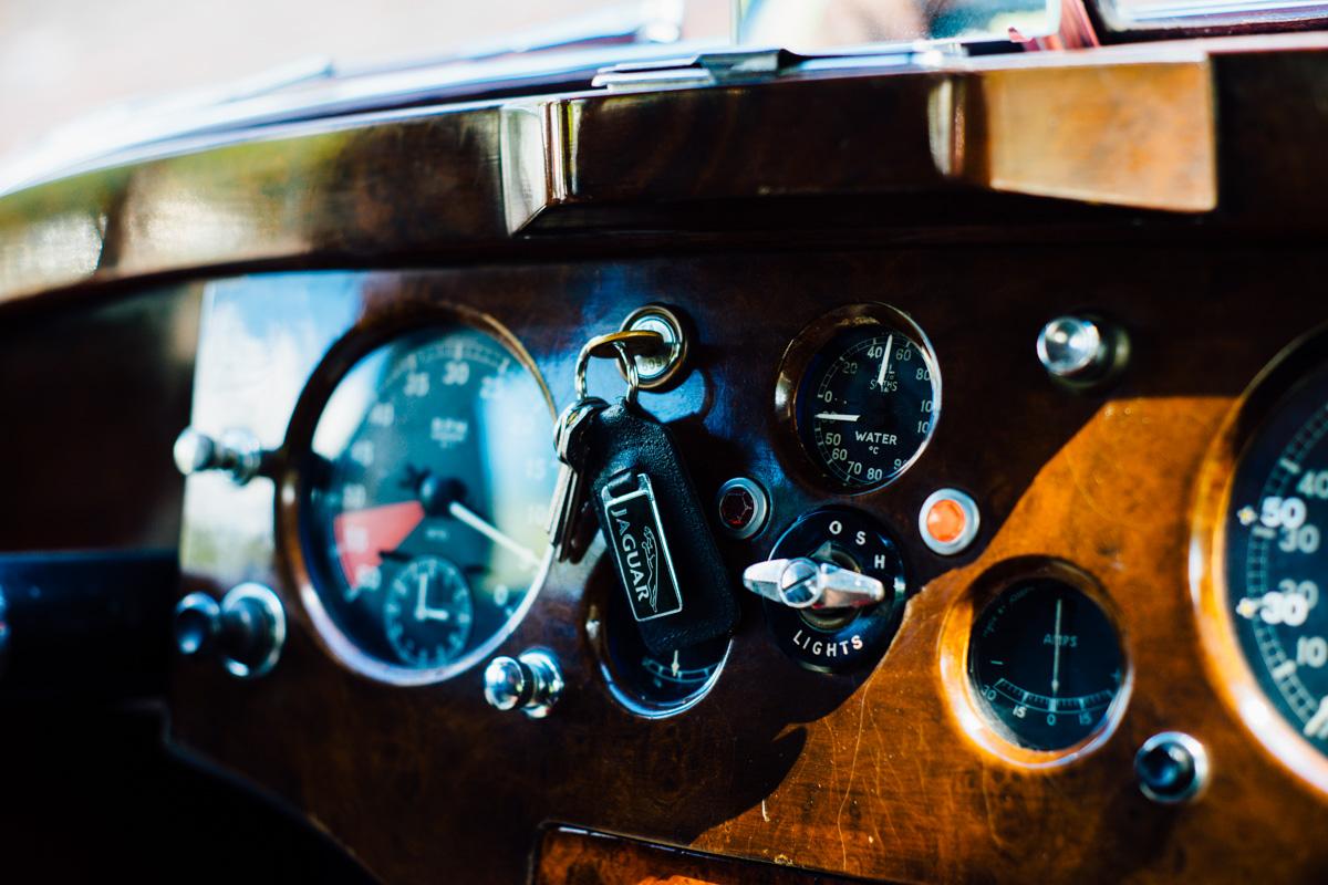 1952-jaguar-xk120-the-finest-auction-buscemi-maison-maria-11