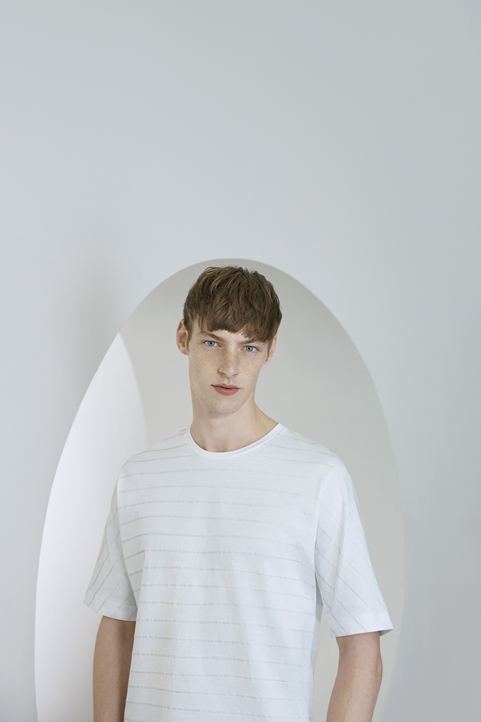 cos-agnes-martin-guggenheim-fw2016-lookbook-mens-womens-5