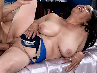 mom playing with pussy