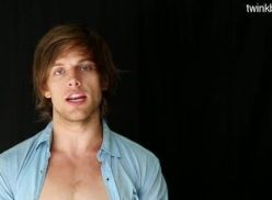Modelos gostosos fazendo sexo amador.