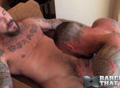 Gays coroas fazendo sexo de adulto.