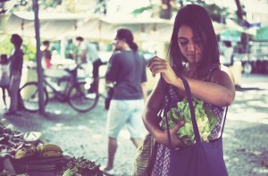 Escolher e preparar seu próprio alimento são alguns dos segredos de Malu para um vida mais saudável e conectada com a natureza