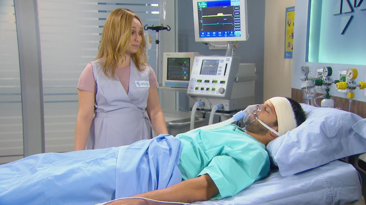 """Regina faz Otávio se acidentar com gravidade em """"Cúmplices de Um Resgate"""""""