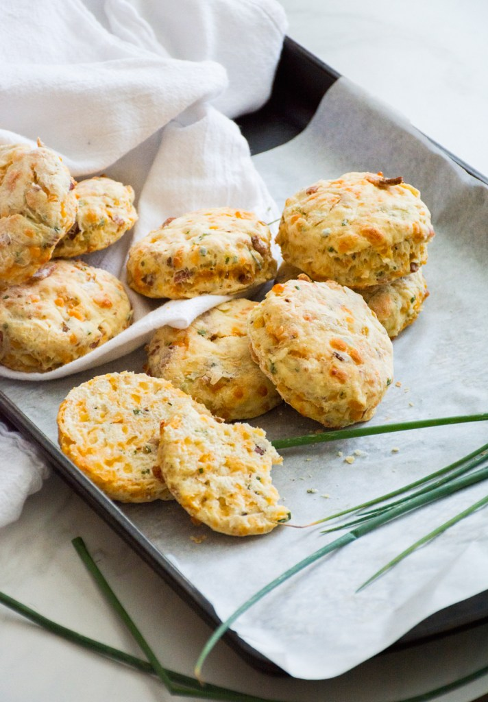 Bacon Cheddar Scones with Apple & Fresh Chives