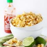 SrirachaPopcorn3