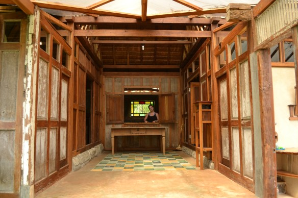 The central indoor/outdoor courtyard that separates the two sleeping areas of the Limas Gede.