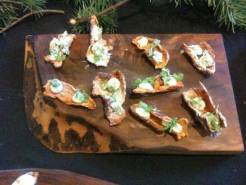 I think the photo you have labled as the smoked salmon was actually the twice cooked sunchoke with yogurt and pine.