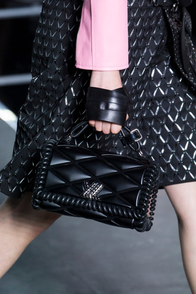Louis_Vuitton_ss16_bags_leather_bracelets_009jpg