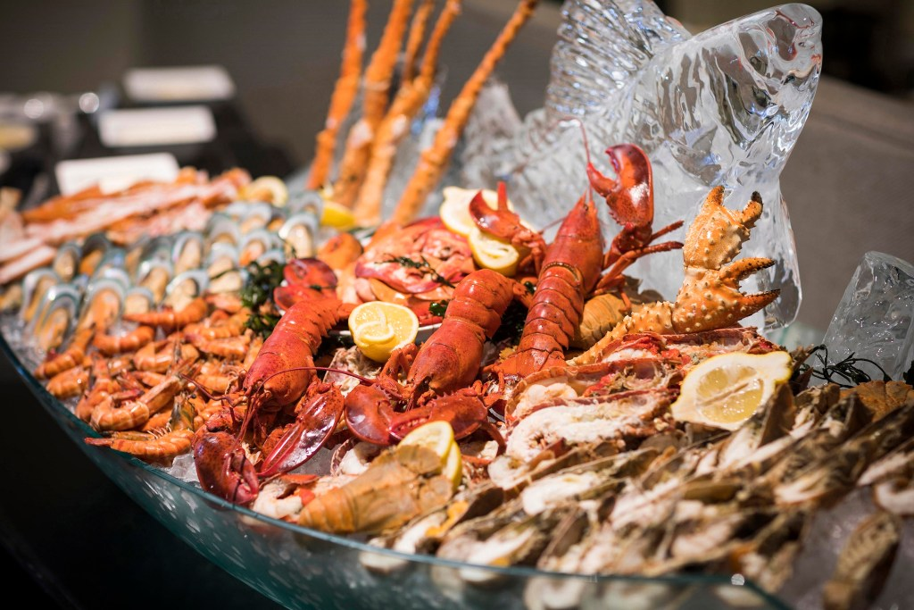 01.New Year Brunch at The Rain Tree Cafe_The Athenee Hotel, a Luxury Collection Hotel, Bangkok