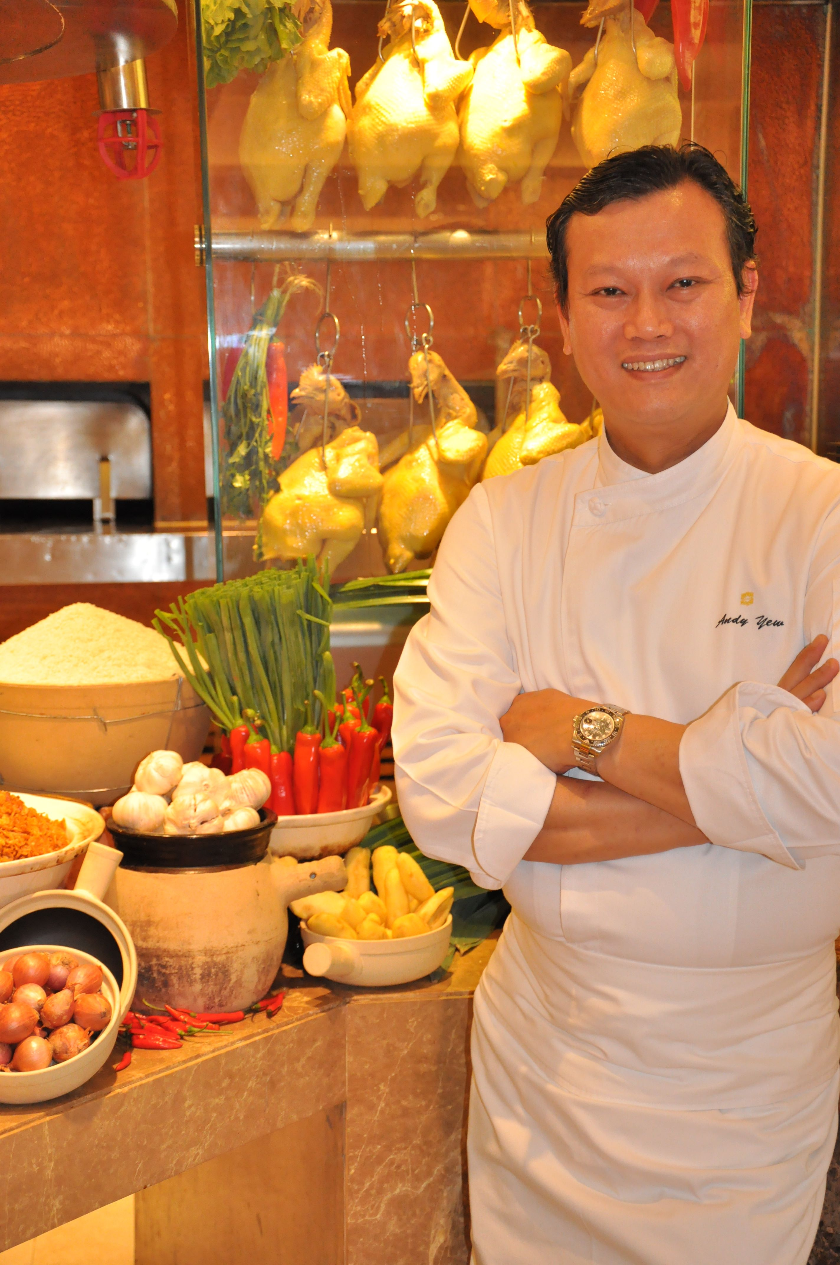 01.Chef Andy Yew_Singapore Food Festival at Next2 Cafe_Shangri-La Hotel Bangkok