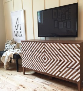 One Room Challenge Week #3: DIY Painted Console Tutorial + 2 FREE Painting Guides