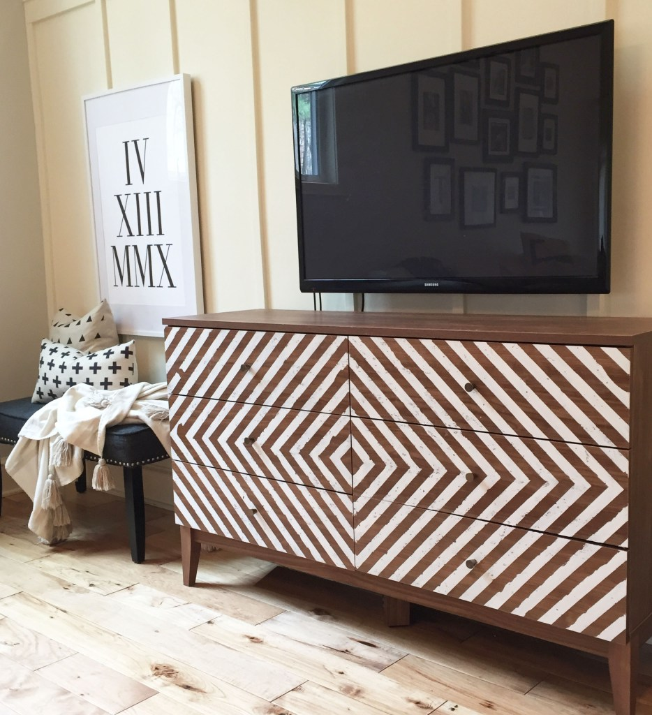 Postbox Designs: Family Room Makeover + Target Hack Tutorial for One Room Challenge