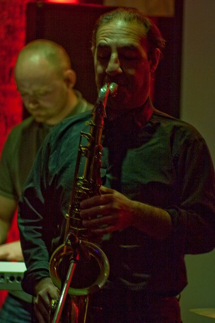 Madu performing at the fundraiser gig. Photo by Paul Reynolds