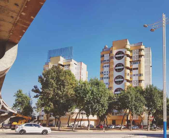 Housing blocks, Tashkent Photo by Freda Hughes