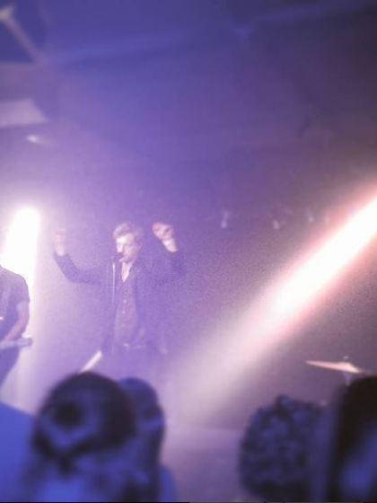 warhaus-musik-frieden-konzert-rezension