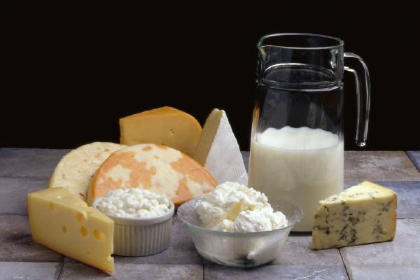 На что обращать внимание при покупке молочных продуктов