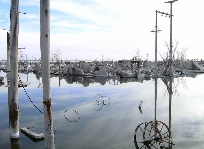 Вилья-Эпекуэн. Город под водой.