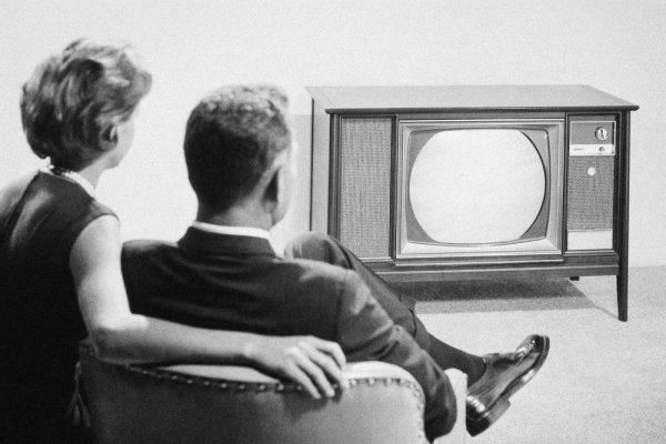 MAN AND WOMAN WATCH 1960S TV