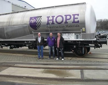 Hope boosts cement rail transport