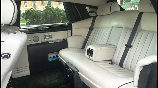 Fleet: Rolls Royce Phantom Interior