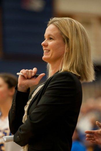UCSB head coach Carlene Mitchell