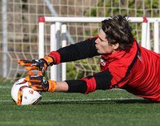 Marwin Hitz möchte sich nach den tollen Leistungen in dieser Saison auch für die Schweiz strecken. | Foto: Klaus Rainer Krieger