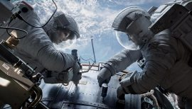 Gravity-©-2013-Warner-Bros.(7)