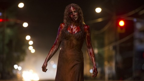 Carrie-©-2013-Sony-Pictures-Releasing-GmbH(1)