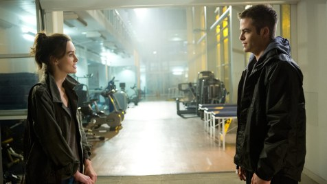 Jack-Ryan-Shadow-Recruit-©-2013-Paramount-Pictures,-Universal-Pictures(4)