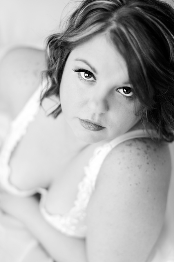 Add a bit of Plus Size Spice....with a Boudoir Shoot