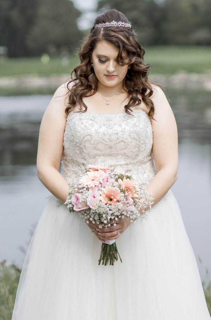 Real plus size wedding gray and coral diy wedding in for Plus size wedding dresses minneapolis mn
