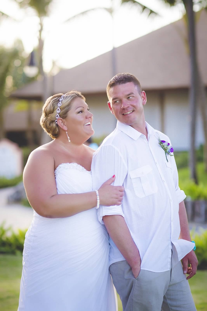 Real Wedding | Intimate Destination Wedding in Punta Cana | Tropical Studios | Pretty Pear Bride