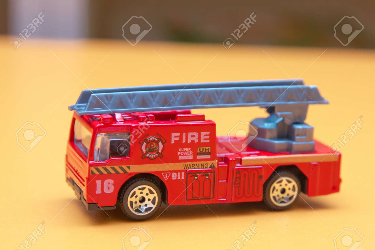 Clever Red Toy Fire Truck Toy Fire Engine Extinguishes Flaming Carelesshandling Fire Red Toy Fire Truck Toy Fire Engine Extinguishes Flaming House Fire Truck Toy Amazon Fire Truck Toy Box Storage Benc baby Fire Truck Toy