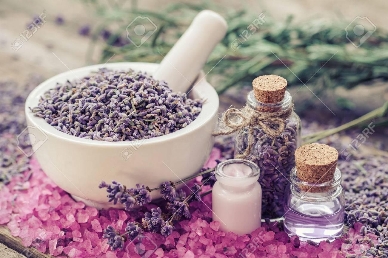 Peculiar Essential Oil Mortar Aromatic Pink Sea Salt Cream Bottles Lavender Flowers Se How To Dry Lavender Cooking How To Dry Lavender Leaves 47666051 Dry Lavender houzz-03 How To Dry Lavender