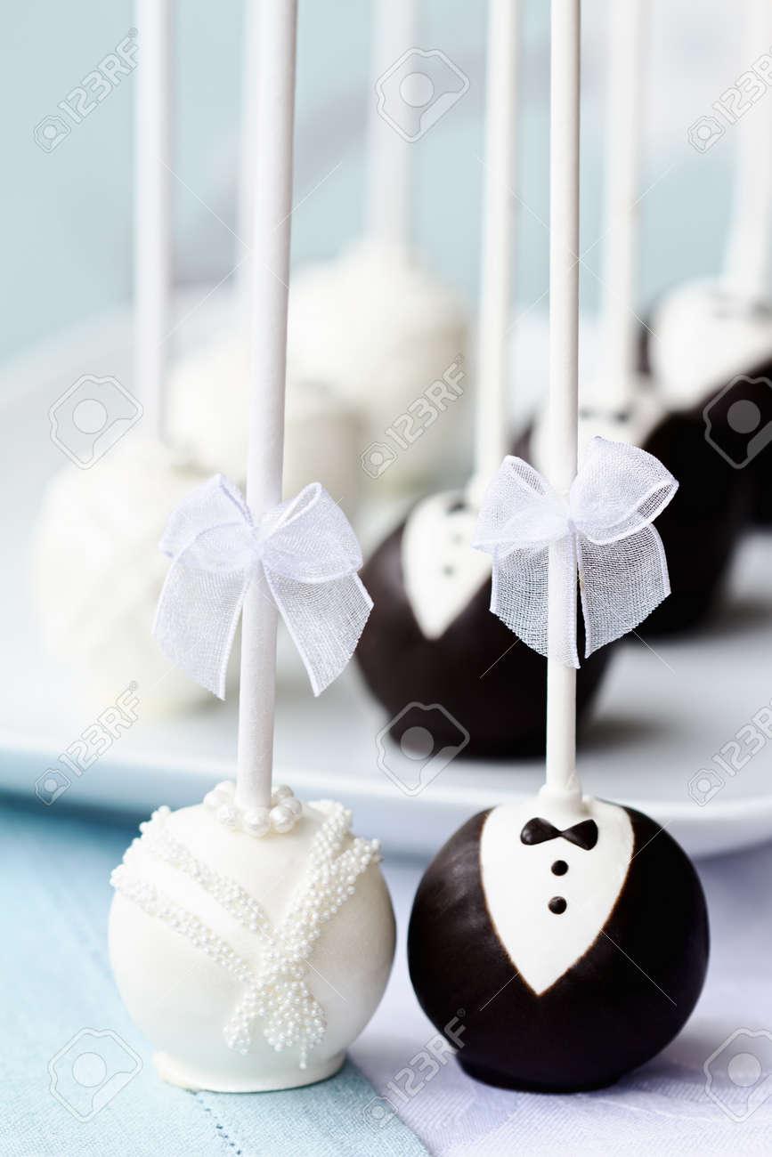 cake pops wedding cake pops cake pops Bride and groom cake pops