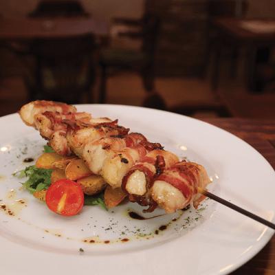 pileci-raznjici-sa-slaninom