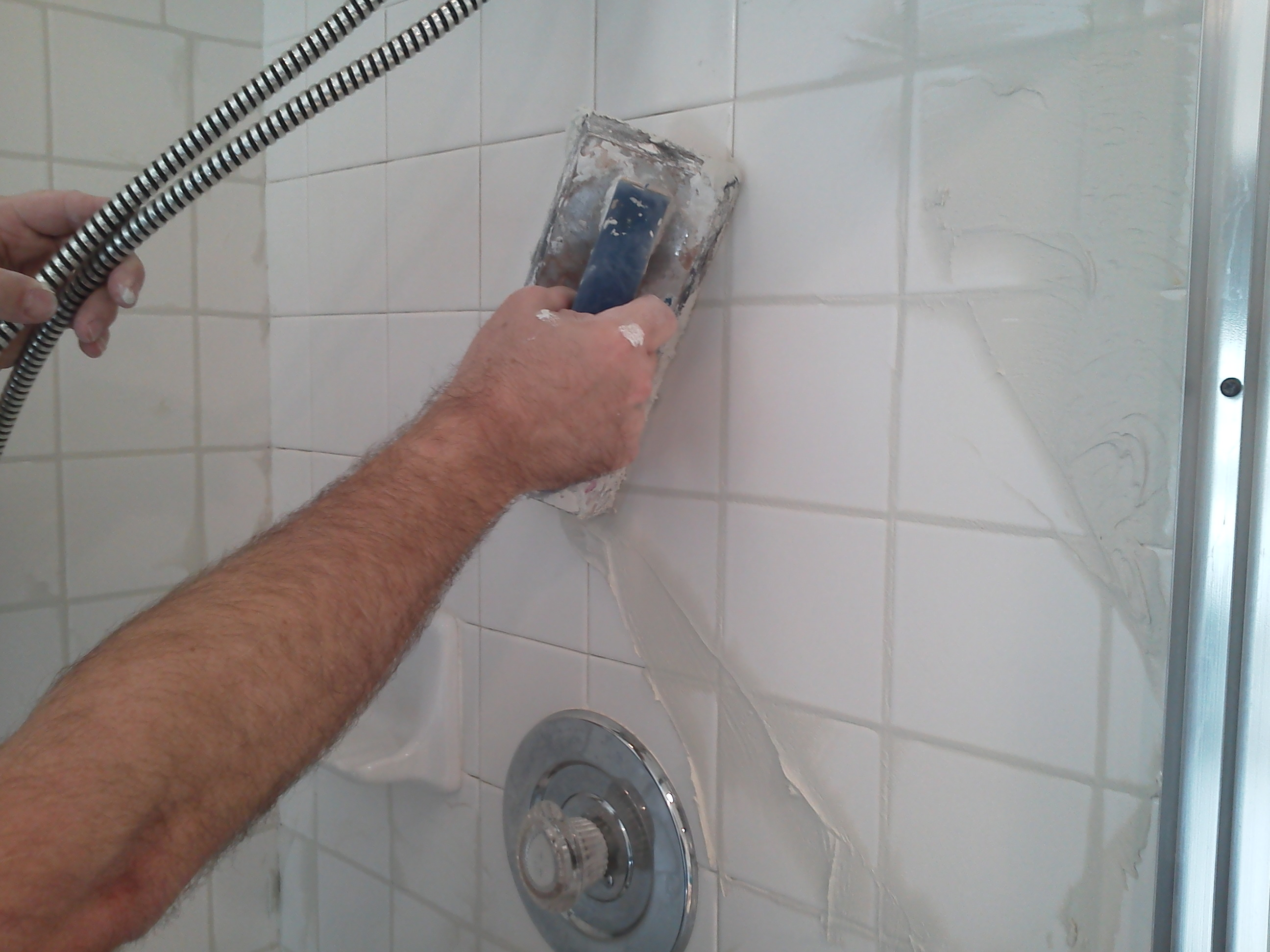 Sleek Regrouting Showers Is Something We How To Regrout A Shower Tile Carpet Cleaning How To Regrout Tiles Bunnings How To Regrout Tile Bathroom houzz-02 How To Regrout Tile