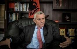 "Ambasadori  Qemal Minxhozi vizitoi Gjimnazin  ""Gjon Buzuku"" në Prizren"