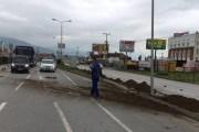 Aksident në Prizren, ndeshet me shtyllë (Foto)