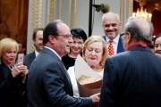 Unë, Hollande e Kadare në Élysée