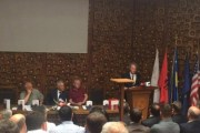 Krasniqi promovon 'Zhurmuesit e Demokracisë'
