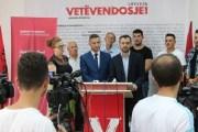 Anëtarë të AAK-së i bashkohen Vetëvendosjes në Prizren