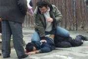 Prizren: Banorët kacafyten me hajnat, kapin njërin prej tyre dhe e dorëzojnë në polici