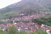 Jeshkova, fshati me 30 shtëpi nën dry