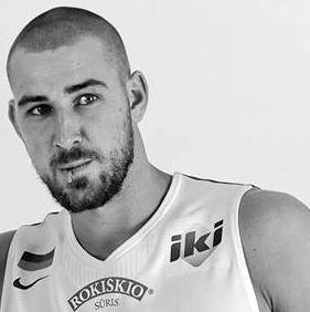 Jonas Valanciunas by Robertas Dačkus with permission (2)