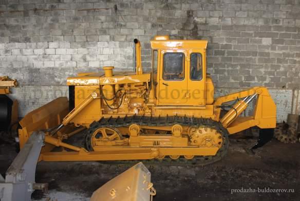 prodazha-buldozer t-130 otval - ryhlitel'